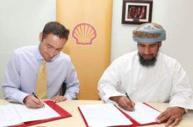 Shell awards contracts to two Omani SMEs for 'Solar into Schools' project