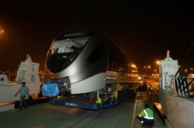 First four Doha Metro trains arrive in Qatar