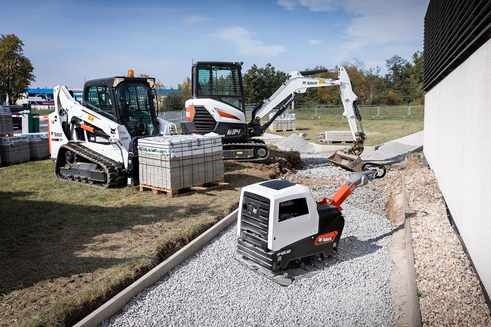 Bobcat offers 37 models in new light compaction range