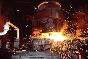 Egypt to build 12 new steel mills