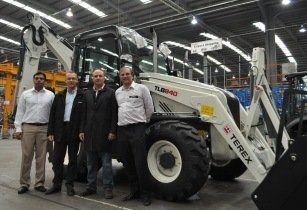 CMC named as UAE distributor for Terex Construction