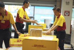 DHL-boosts-business-with-new-UAE-service-points
