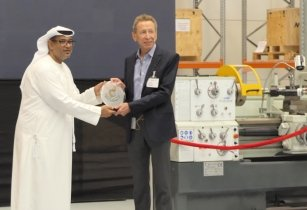 DMC congratulates MaK on its new workshop in Dubai
