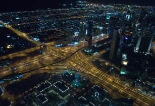 Dubai at Night - digitalaffiliates - pixabay
