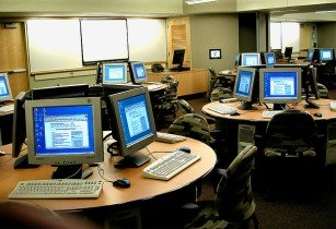 computers-phil manker-flickr